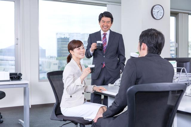 勤務中の喫煙やおしゃべりの時間にも賃金支払いは必要か