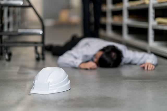 転倒による労働災害を予防しましょう